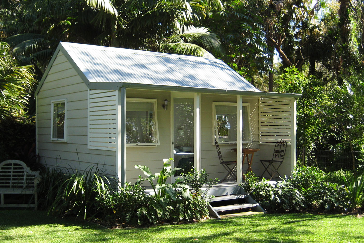 Backyard cottages are the next big thing metropolist for Backyard cabins granny flats